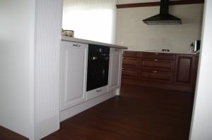 Virtuves-baldai-klasikinis-dizainas-1-baldmax.lt